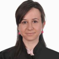 Ms. Bianca Hanganu, Ms Manoilescu Irina Smaranda