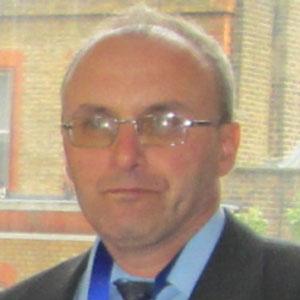 Dr. Dariusz Jacek Jakóbczak