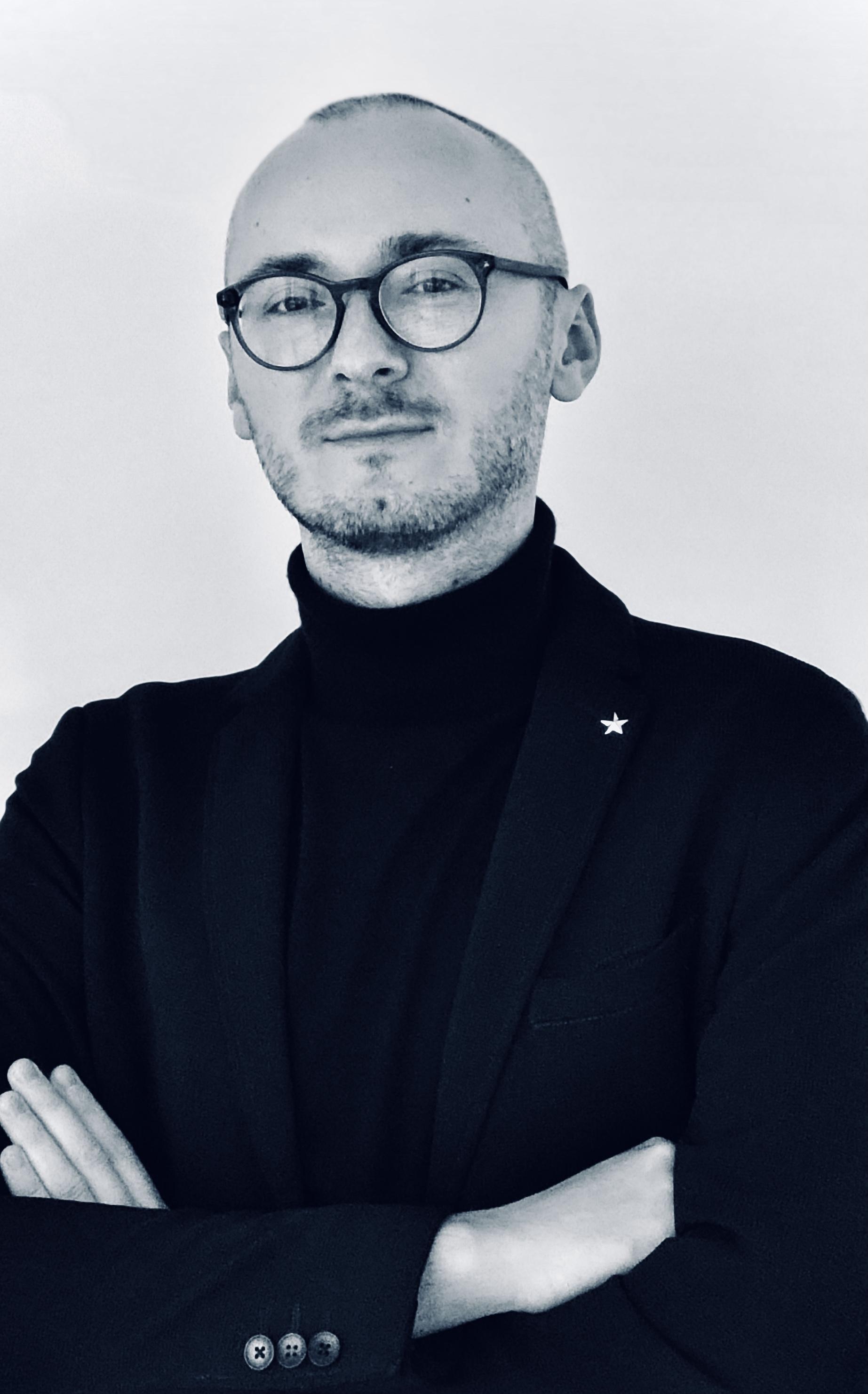 Dr. Lukasz Rypicz